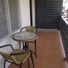Апартаменты Hibiscus Apartments балкон