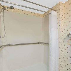 Отель Days Inn Lebanon Fort Indiantown Gap ванная