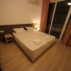 Апартаменты Menada Zornitsa Apartments комната для гостей