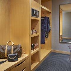 Отель SoHo Metropolitan Hotel Канада, Торонто - отзывы, цены и фото номеров - забронировать отель SoHo Metropolitan Hotel онлайн сейф в номере