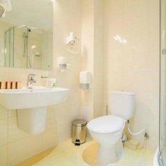 Гостиница Reikartz Мариуполь Украина, Мариуполь - отзывы, цены и фото номеров - забронировать гостиницу Reikartz Мариуполь онлайн ванная