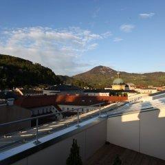 Отель Altstadthotel Kasererbräu Австрия, Зальцбург - 3 отзыва об отеле, цены и фото номеров - забронировать отель Altstadthotel Kasererbräu онлайн балкон