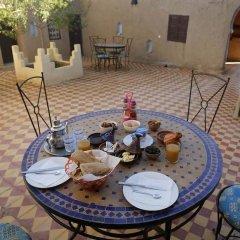 Отель Auberge Kasbah Des Dunes Марокко, Мерзуга - отзывы, цены и фото номеров - забронировать отель Auberge Kasbah Des Dunes онлайн питание фото 2