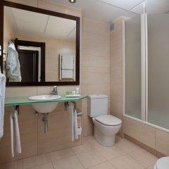 Отель NH Ciudad de Santander Испания, Сантандер - отзывы, цены и фото номеров - забронировать отель NH Ciudad de Santander онлайн ванная