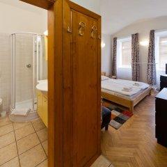 Отель Charles Bridge Apartments Чехия, Прага - отзывы, цены и фото номеров - забронировать отель Charles Bridge Apartments онлайн спа