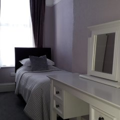 Отель Southbank TOWN HOUSE сейф в номере