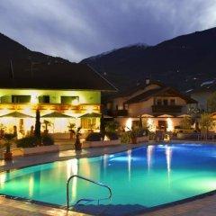 Отель Schlosshof Charme Resort – Hotel & Camping Италия, Лана - отзывы, цены и фото номеров - забронировать отель Schlosshof Charme Resort – Hotel & Camping онлайн вид на фасад