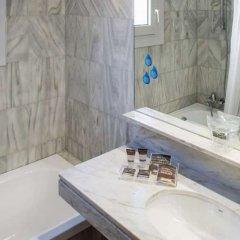 Отель Catalonia Castellnou ванная фото 3