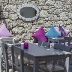 Отель Alacati Alanur Otel Чешме гостиничный бар
