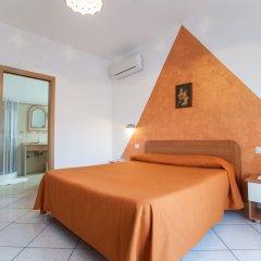 Отель Haidi House Bed and Breakfast Аджерола комната для гостей фото 2