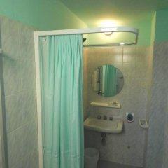 Отель Vera Италия, Риччоне - отзывы, цены и фото номеров - забронировать отель Vera онлайн ванная