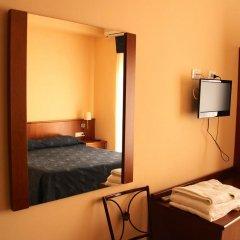 Отель Albergo Laura удобства в номере