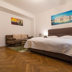 Апартаменты Checkvienna – Apartment Kroellgasse Вена комната для гостей фото 17