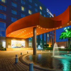 Отель Real Inn Perinorte Тлальнепантла-де-Бас