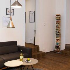Апартаменты Upper Westside - 3 Bedroom Interior Designed Apartment by BENSIMON apartments Берлин комната для гостей фото 3
