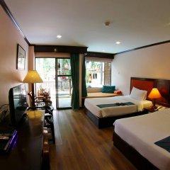 Отель Baumanburi Таиланд, Карон-Бич - 4 отзыва об отеле, цены и фото номеров - забронировать отель Baumanburi онлайн комната для гостей фото 4