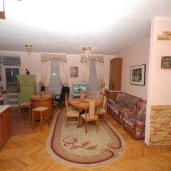 Iris Hostel комната для гостей фото 4