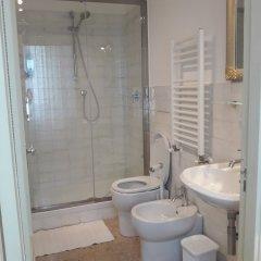 Отель Casa Cipriani Италия, Потенца-Пичена - отзывы, цены и фото номеров - забронировать отель Casa Cipriani онлайн ванная фото 2