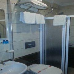 Sultanahmet Newport Hotel Турция, Стамбул - отзывы, цены и фото номеров - забронировать отель Sultanahmet Newport Hotel онлайн ванная фото 2