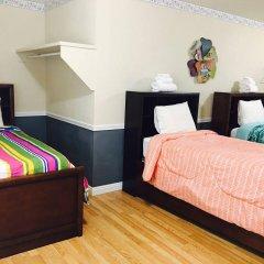 Отель Traveler's Bed & Breakfast Hostel США, Лас-Вегас - отзывы, цены и фото номеров - забронировать отель Traveler's Bed & Breakfast Hostel онлайн комната для гостей фото 5