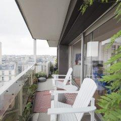 Отель Home comforts by the Eiffel Tower балкон