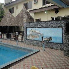 Labod Hotel бассейн фото 2