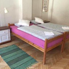 Отель At the Golden Plough Apartments Чехия, Прага - отзывы, цены и фото номеров - забронировать отель At the Golden Plough Apartments онлайн комната для гостей фото 2