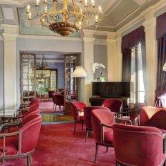 Отель Grand Hotel Majestic Италия, Вербания - 1 отзыв об отеле, цены и фото номеров - забронировать отель Grand Hotel Majestic онлайн гостиничный бар