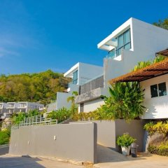 Отель Baan Saint Tropez Villas Kata Beach парковка