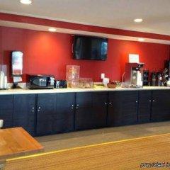 Отель Econo Lodge питание фото 3