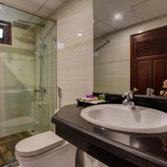 Отель Hanoi Focus Hotel Вьетнам, Ханой - отзывы, цены и фото номеров - забронировать отель Hanoi Focus Hotel онлайн ванная