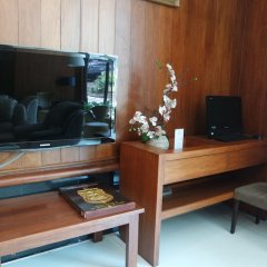 Апартаменты Laemtong Service Apartment интерьер отеля