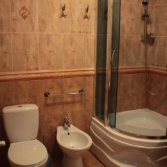 Отель Райское Яблоко Львов ванная фото 2