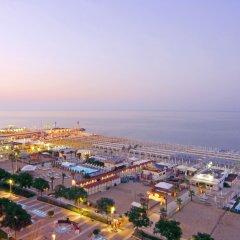 Отель Atlantic Италия, Риччоне - отзывы, цены и фото номеров - забронировать отель Atlantic онлайн пляж