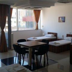 Отель Hostel Coral City Болгария, Солнечный берег - отзывы, цены и фото номеров - забронировать отель Hostel Coral City онлайн питание