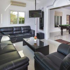 Отель Baan Kanittha - 6 Bedrooms GT Pool Villa комната для гостей фото 3