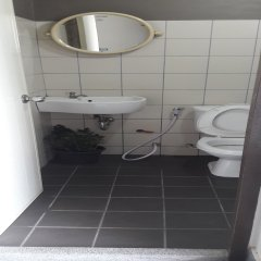 Отель J 168 Living Бангкок ванная