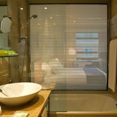 Gran Hotel Domine Bilbao ванная