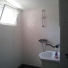 Отель Old House Болгария, Бургас - отзывы, цены и фото номеров - забронировать отель Old House онлайн ванная фото 2