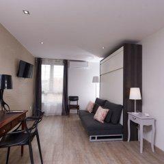 Отель At home in Lyon комната для гостей фото 4