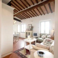 Отель We Tuscany - Zaffiro Bianco Италия, Сан-Джиминьяно - отзывы, цены и фото номеров - забронировать отель We Tuscany - Zaffiro Bianco онлайн комната для гостей фото 3
