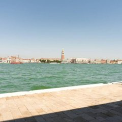 Апартаменты Apartment With 4 Bedrooms in Venezia, With Furnished Terrace and Wifi Венеция пляж