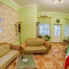 Гостевой дом на Каманина комната для гостей фото 2