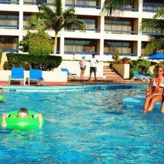 Acqua Grand Hotel бассейн фото 2