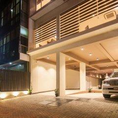 Отель Rococo Residence Шри-Ланка, Коломбо - отзывы, цены и фото номеров - забронировать отель Rococo Residence онлайн парковка