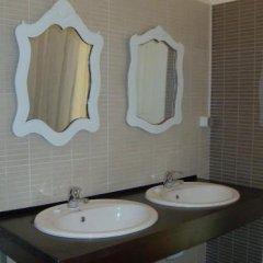Отель A Casa da Maria Amelia Португалия, Лиссабон - отзывы, цены и фото номеров - забронировать отель A Casa da Maria Amelia онлайн ванная фото 2
