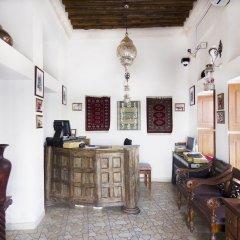 Отель Barjeel Heritage Guest House интерьер отеля