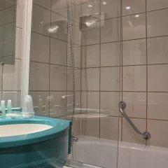 Отель Pavillon Porte De Versailles Франция, Париж - 3 отзыва об отеле, цены и фото номеров - забронировать отель Pavillon Porte De Versailles онлайн ванная