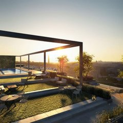 Отель Global Luxury Suites in Capitol Riverfront бассейн