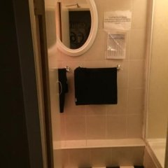 Отель Bobby's Bunkhouse - Hostel Великобритания, Эдинбург - отзывы, цены и фото номеров - забронировать отель Bobby's Bunkhouse - Hostel онлайн ванная фото 3